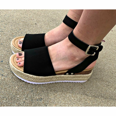 Velvety Wedges black