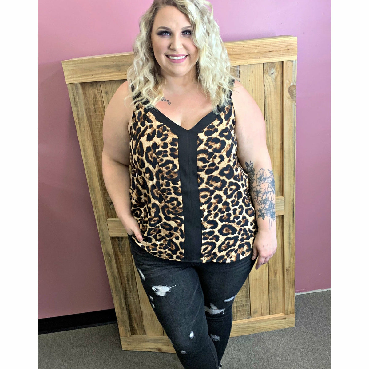 Cami Leopard V-Neck Tank ( regular & plus )