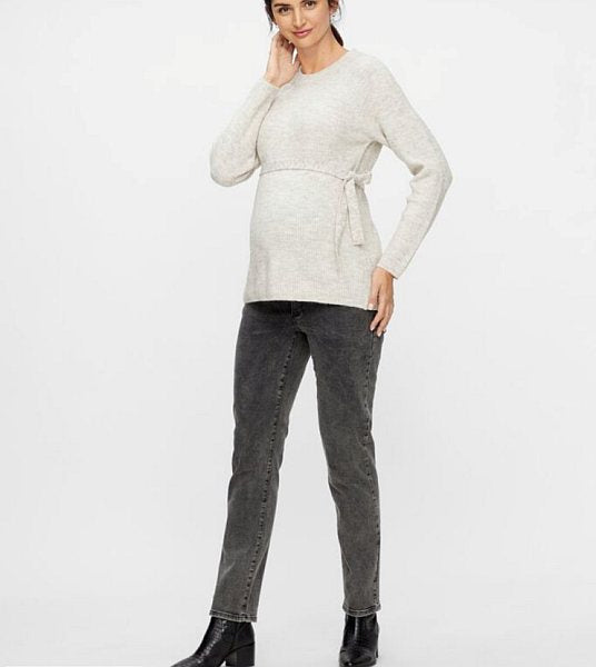 4. Mamalicious straight fit maternity jeans