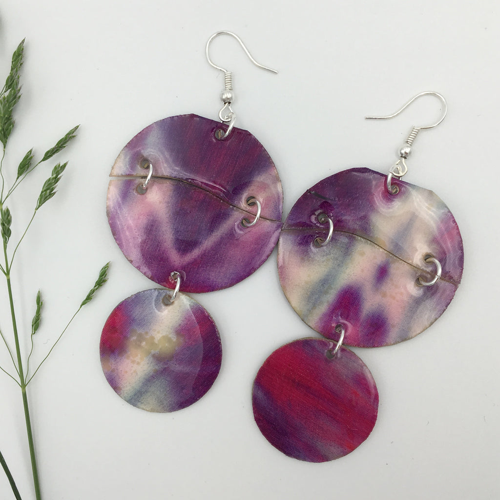 Ernie Discs shibori silk earrings in red violet/purple/mist