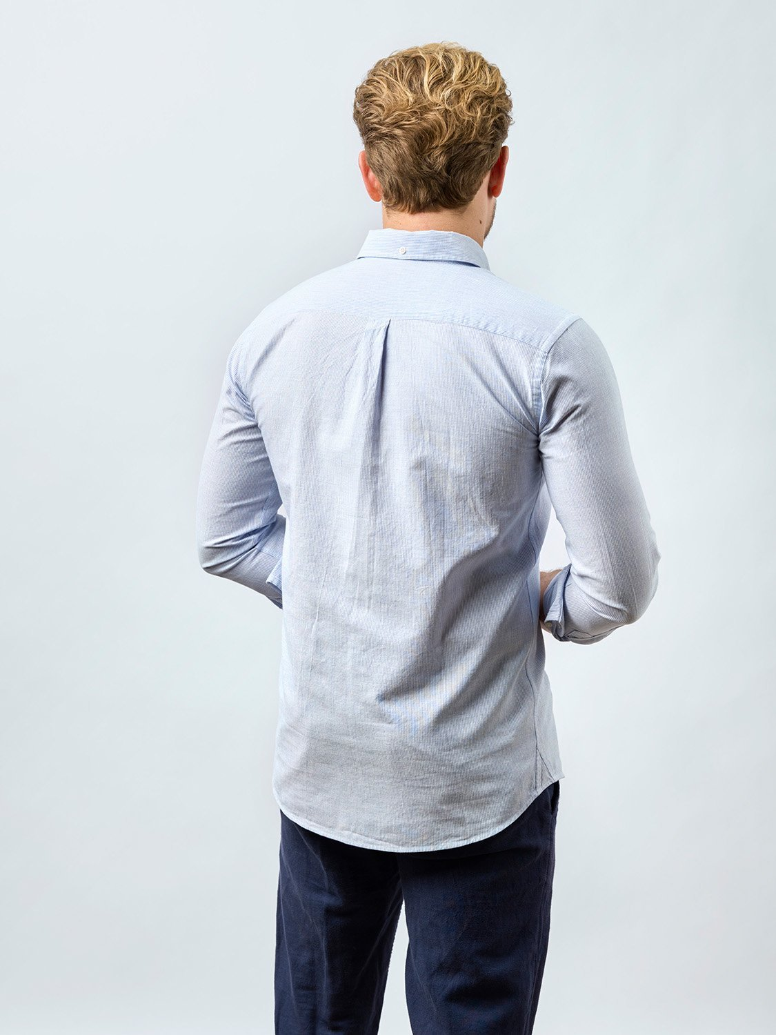 carpasus sustainable organic cotton shirt bernina blue. Nachhaltiges Carpasus Hemd Bernina Blau aus Bio Baumwolle