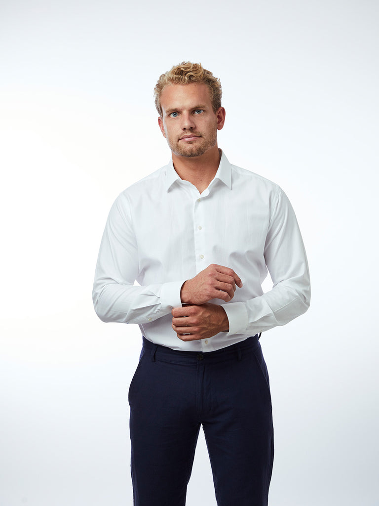 carpasus sustainable organic cotton dress shirt white. Nachhaltiges Carpasus Businesshemd aus Bio Baumwolle in Weiss