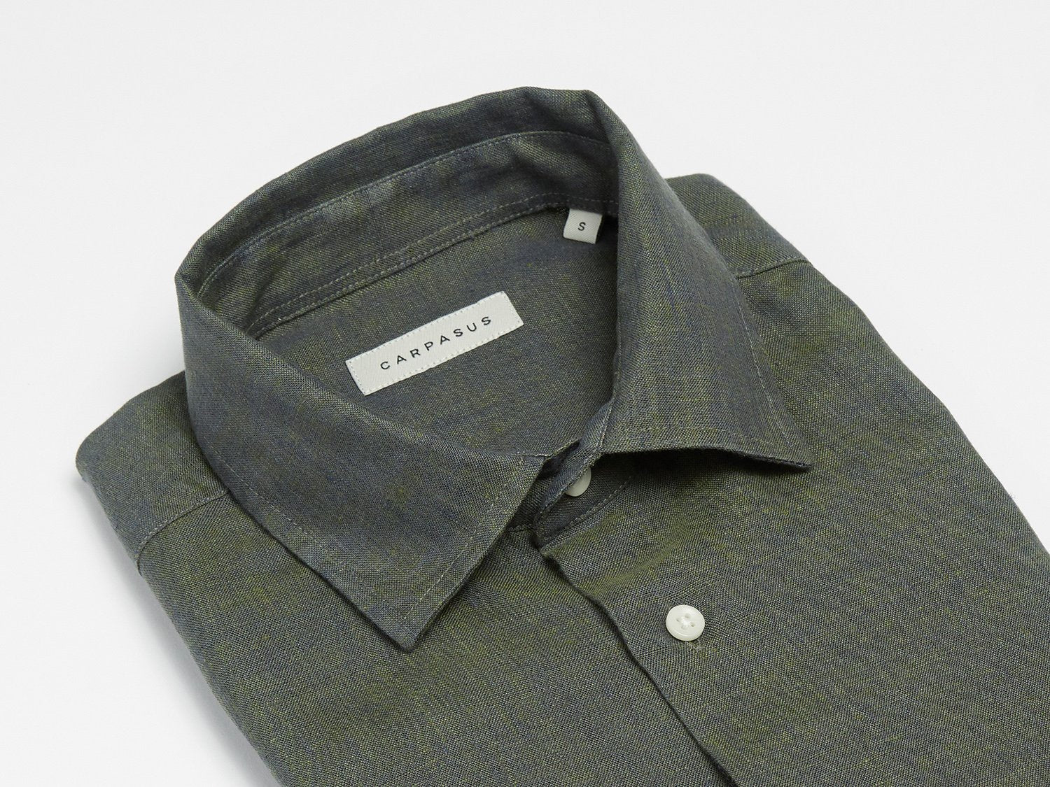carpasus sustainable organic linen shirt semi casual single color moss. Nachhaltiges Carpasus Hemd Semi Casual aus Bio Leinen in Moss