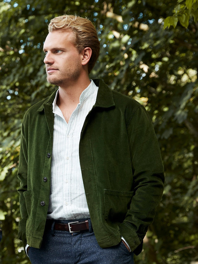 carpasus sustainable organic cotton corduroy overshirt green. Nachhaltiges Carpasus Overshirt Cord aus Bio Baumwolle in Gruen