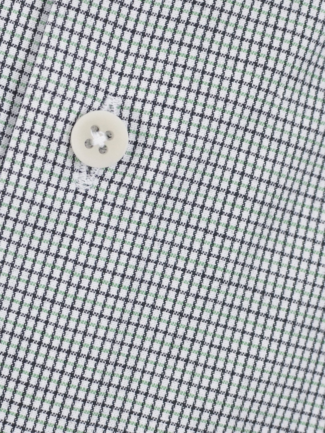 carpasus sustainable organic cotton tailor-made shirt black green check. Nachhaltiges Carpasus Masshemd aus Bio Baumwolle in Karo Schwarz Grün