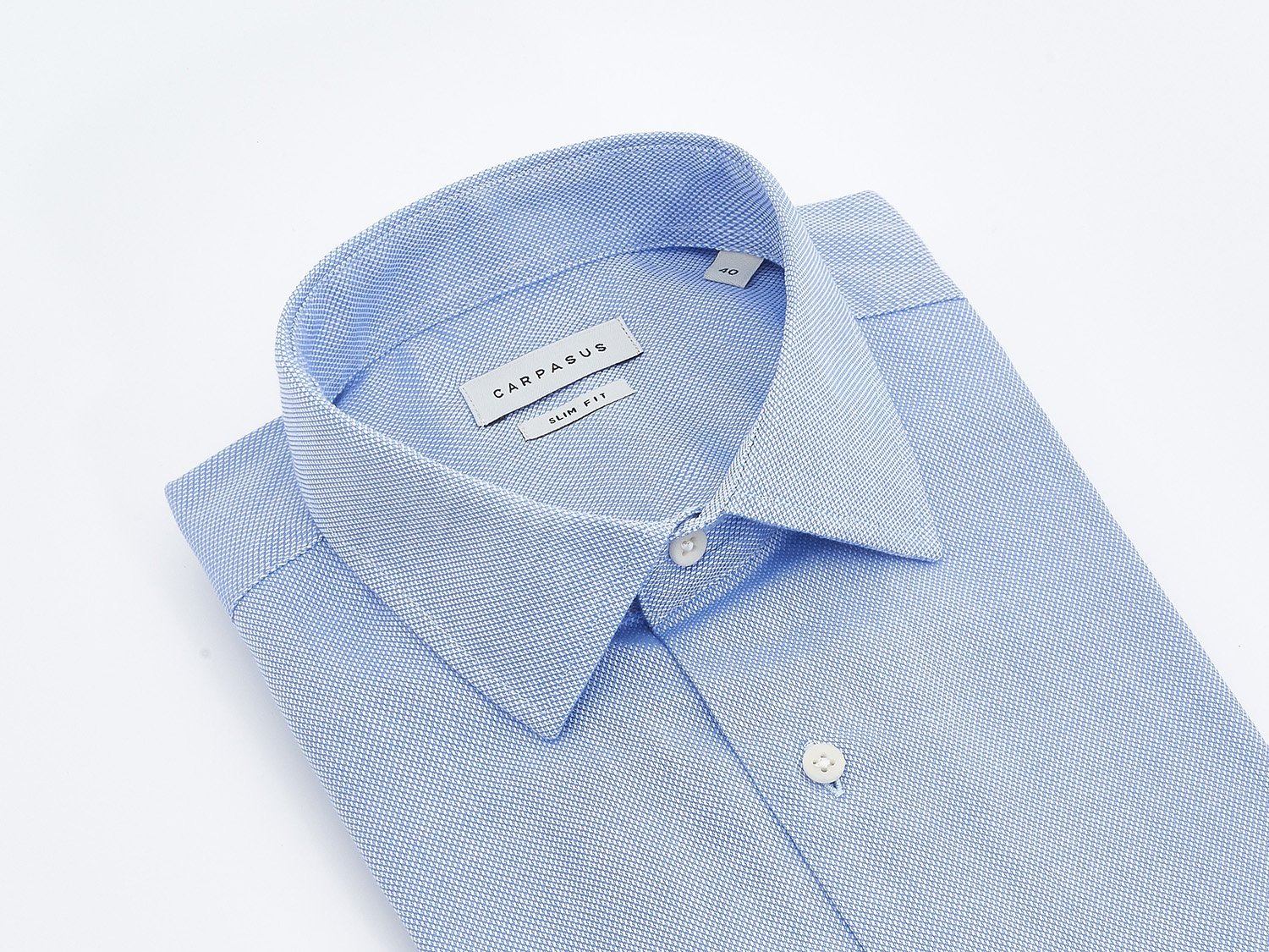 carpasus sustainable organic cotton tailor-made shirt porto blue. Nachhaltiges Carpasus Masshemd aus Bio Baumwolle Porto Blau