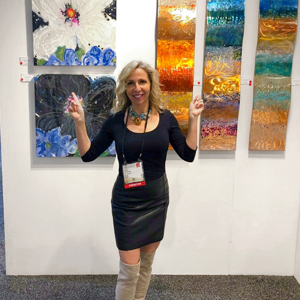 litsa spanos selling artwork in las vegas