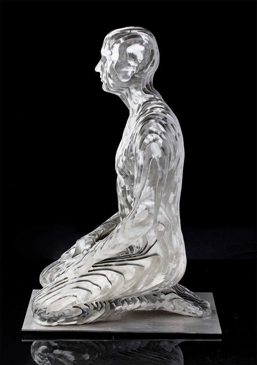 Kneeling Man / 29 x 43 x 22 / stainless steel