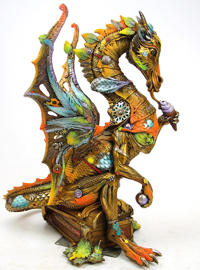 Davian (dragon w/ Ice cream) / 20.5 x 18 x 21 / edition of 480