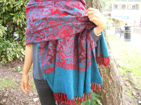 Two-tone Paisley Shawl