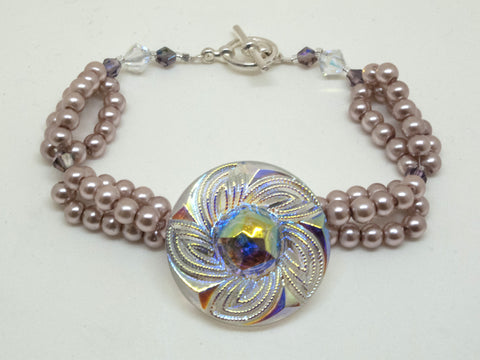 Czech Glass Swirl Design Button Bracelet