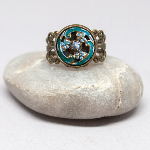 Enamel Three-Flower Button Ring