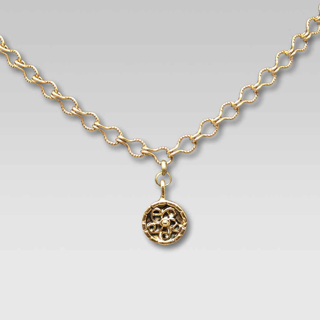 Gold Swirl Pendant Necklace