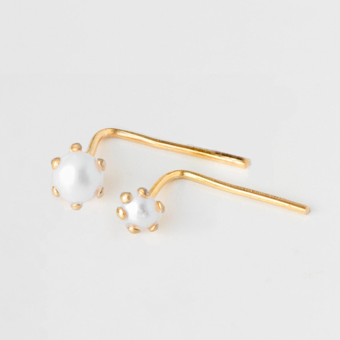 18ct Yellow Gold L Shape Back Nose Stud with Cultured Pearl (3mm - 3.5mm) NIP-2-530