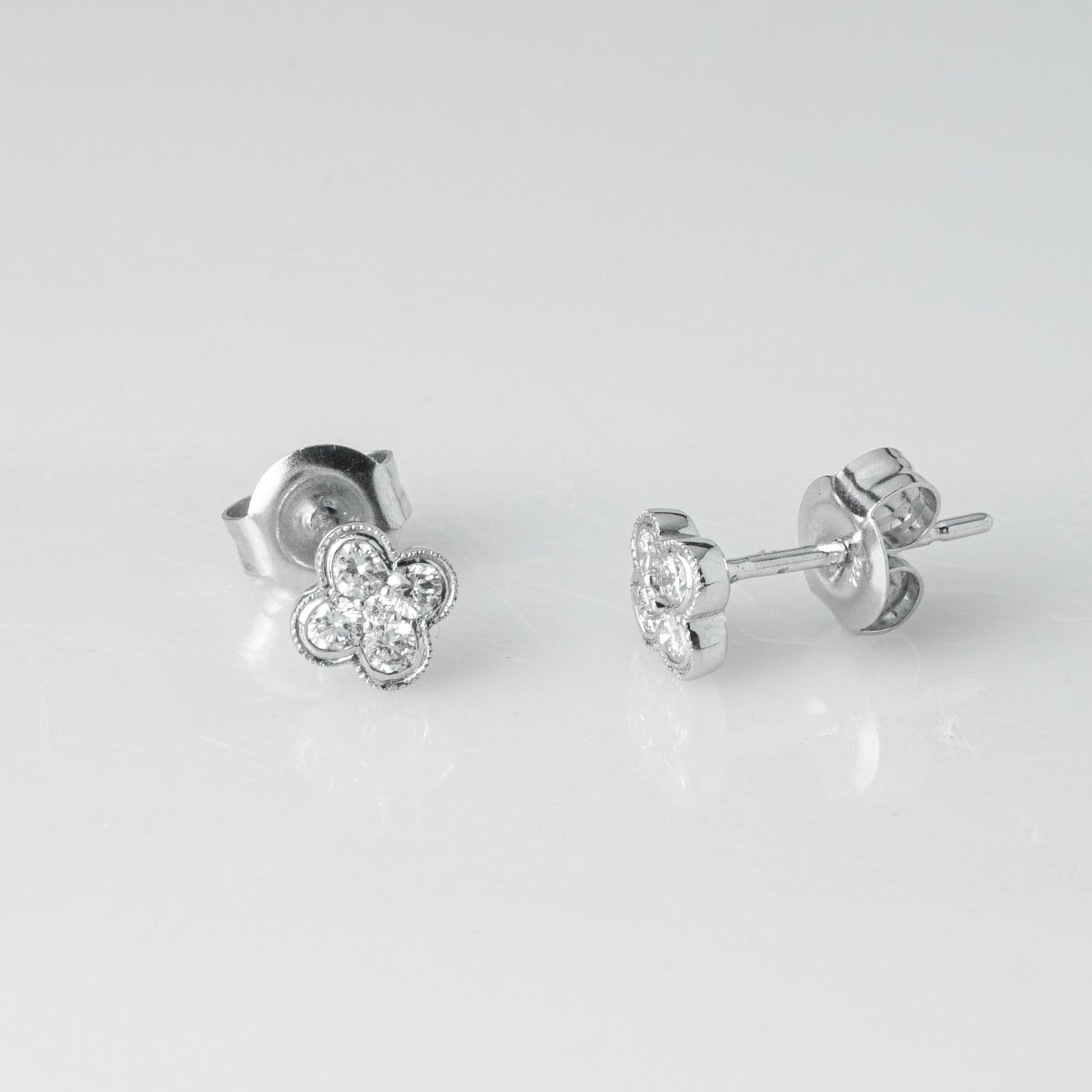 18ct White Gold 0.28ct Cluster Cut Diamond Stud Earrings (A-AE38072)