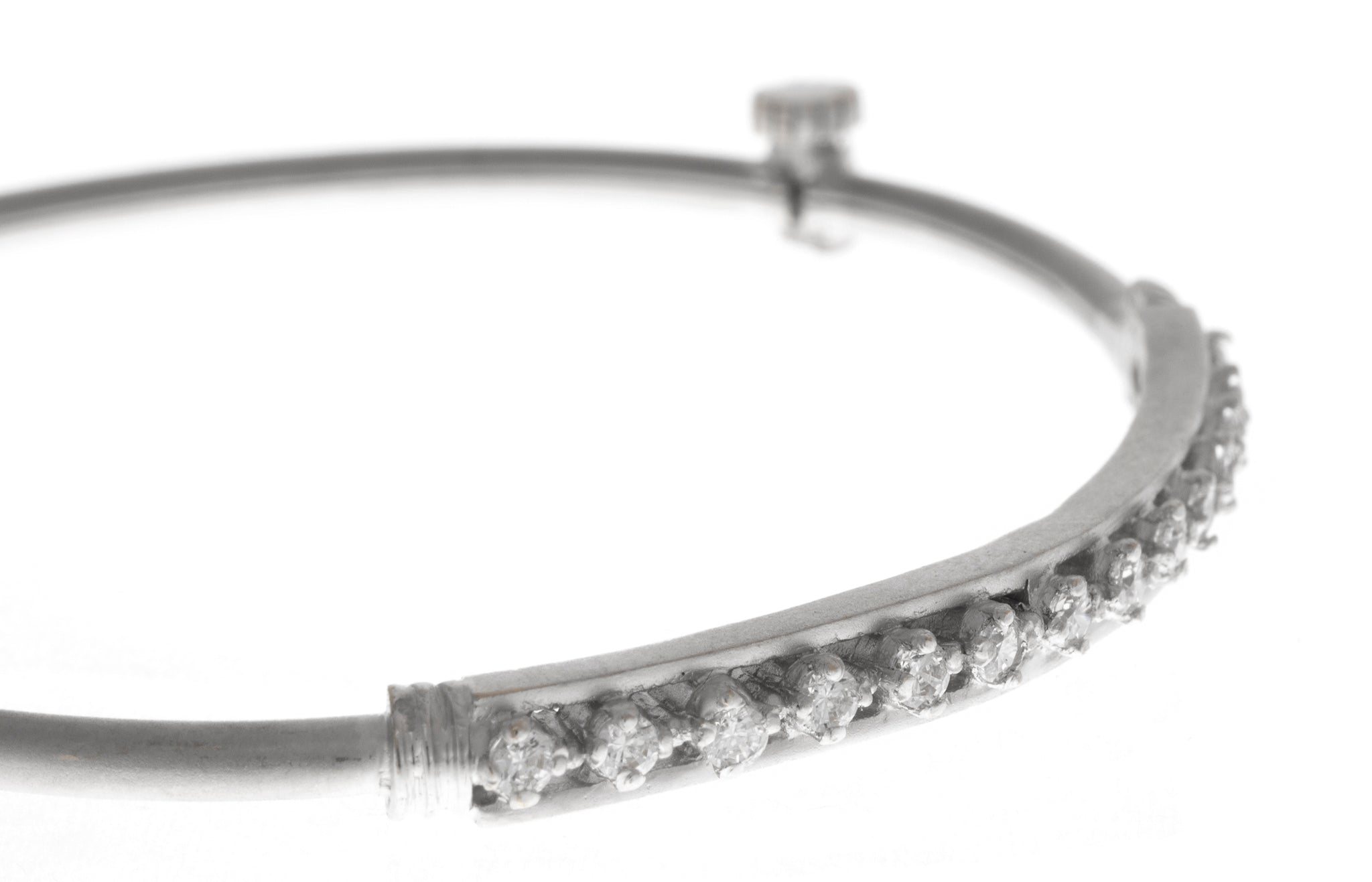 White Rhodium Plated Stone Set 22ct Gold Bangle (12.4g) B-1462