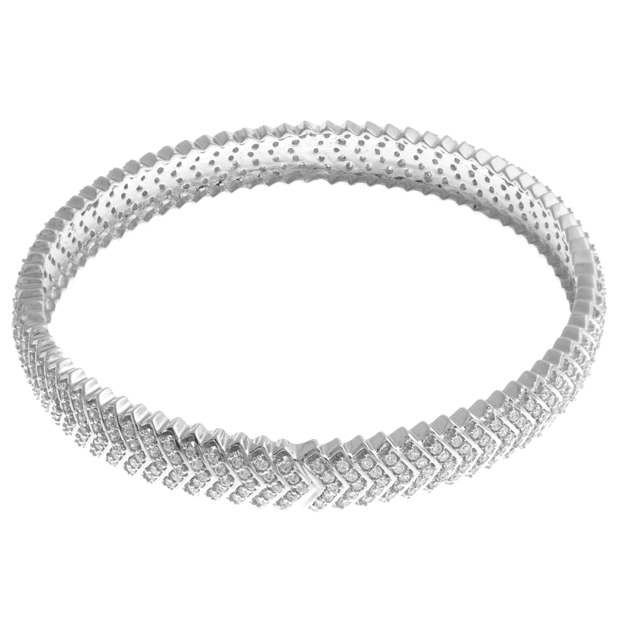 18ct White Gold Bangle with Cubic Zirconia Stones (28.9g) (B-1472)