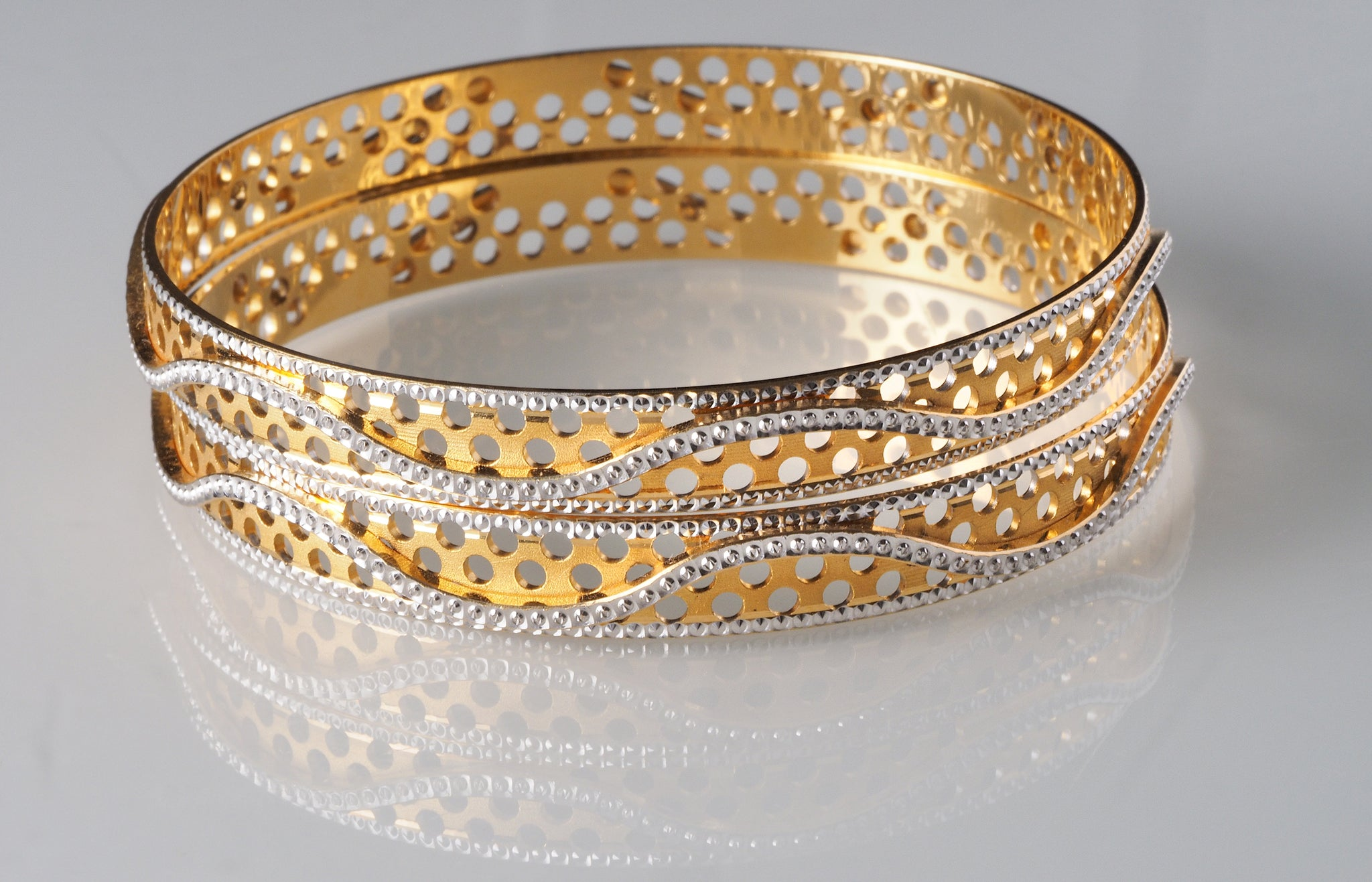 22ct Gold and Rhodium Plated Bangles with diamond milled design B-5902