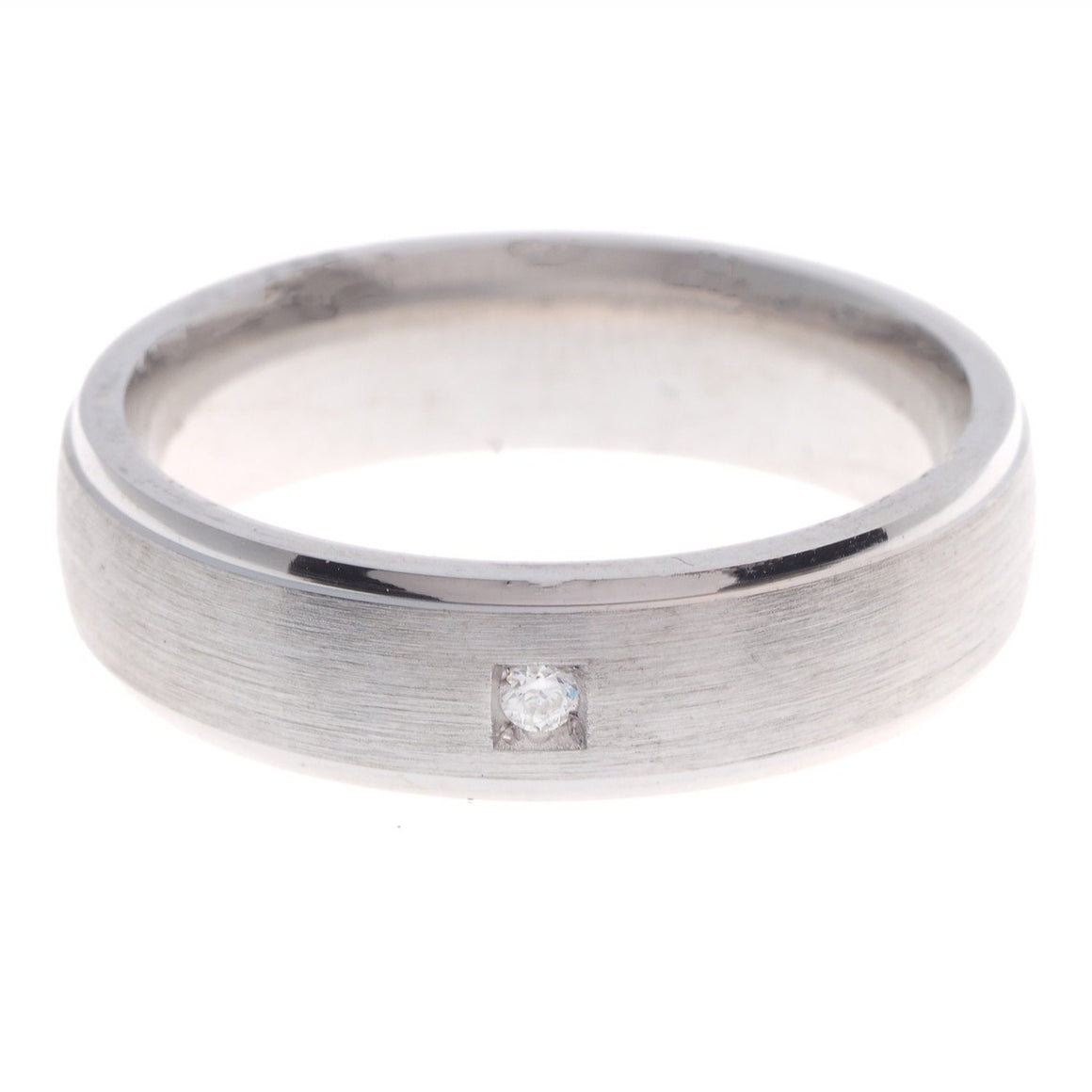 Sterling Silver Gents Wedding Band set with a Cubic Zirconia Stone