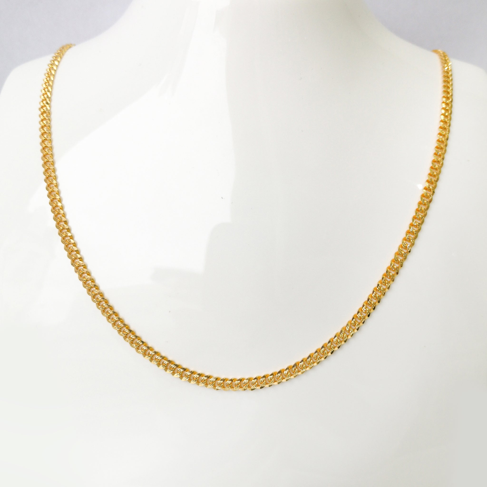 22ct Gold Curb Link Chain with lobster clasp C-7600