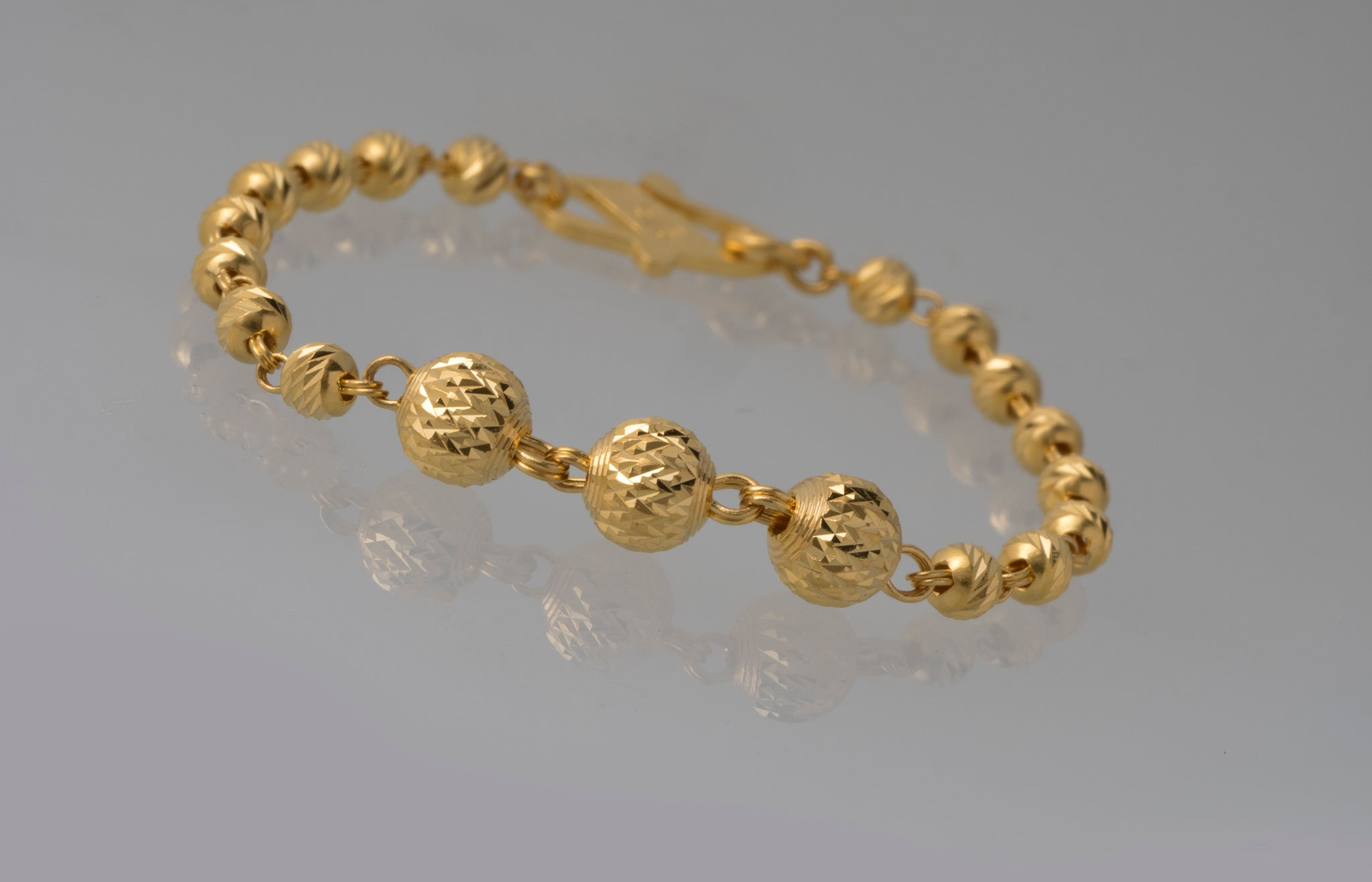 22ct Gold Children's Bracelets with Diamond Cut Design CBR-7412