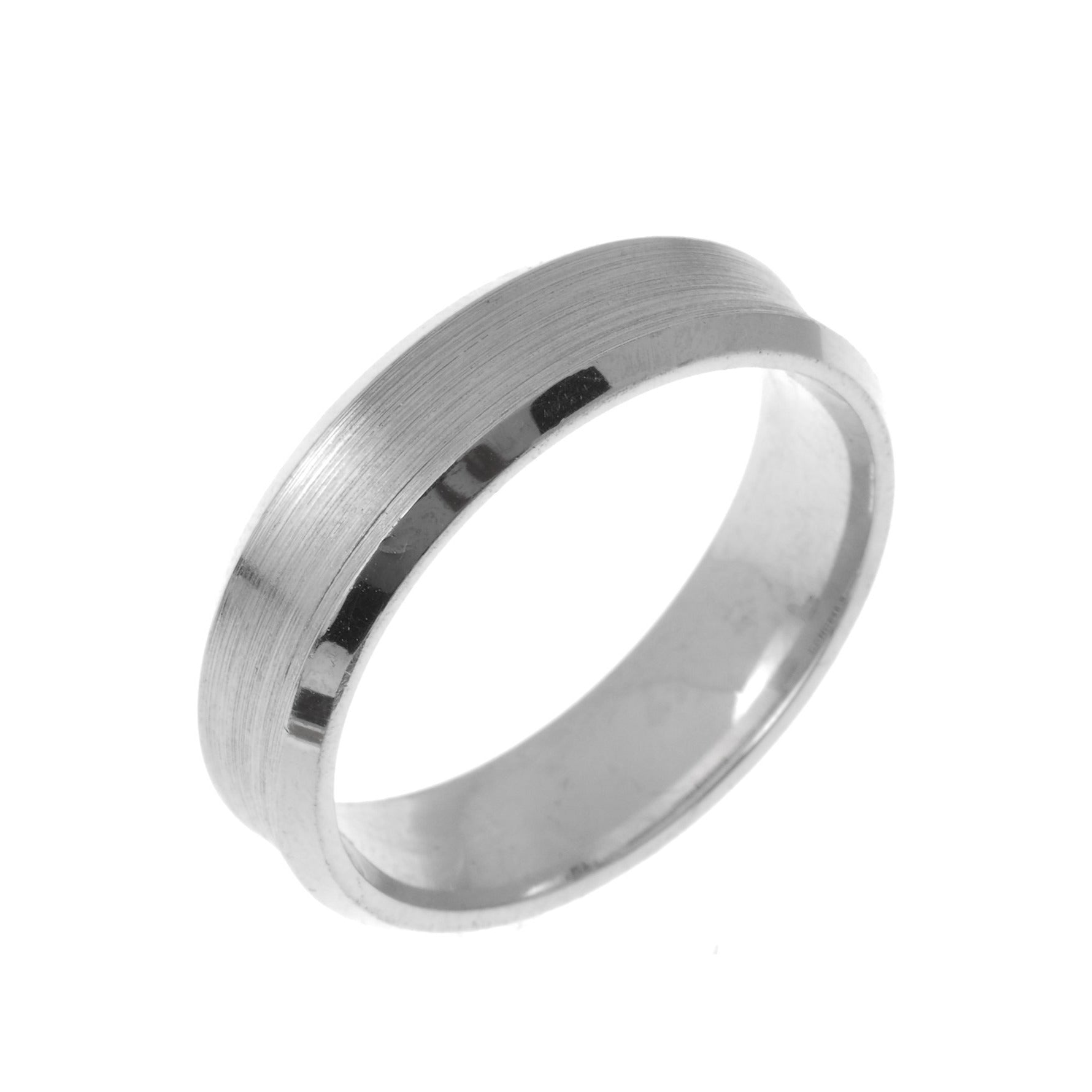 18ct White Gold Gents Wedding Band CCNC626