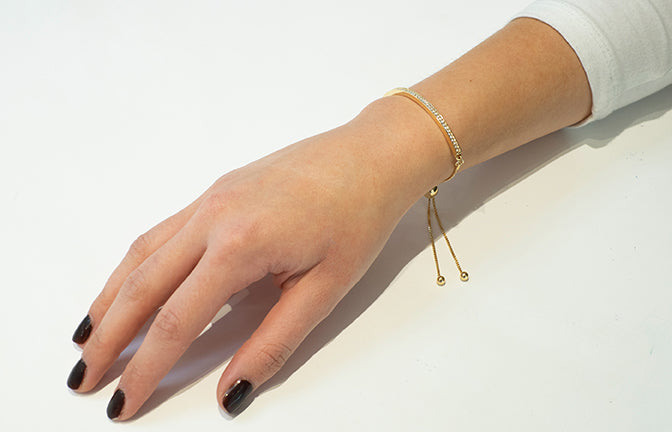 Gold Plated Adjustable Drawstring Bracelet set with Cubic Zirconias 1825b