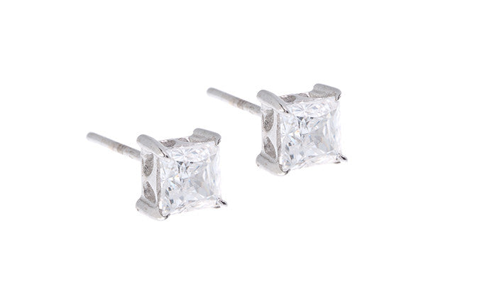 18ct White Gold Earrings set with Cubic Zirconia stones (E-5245)