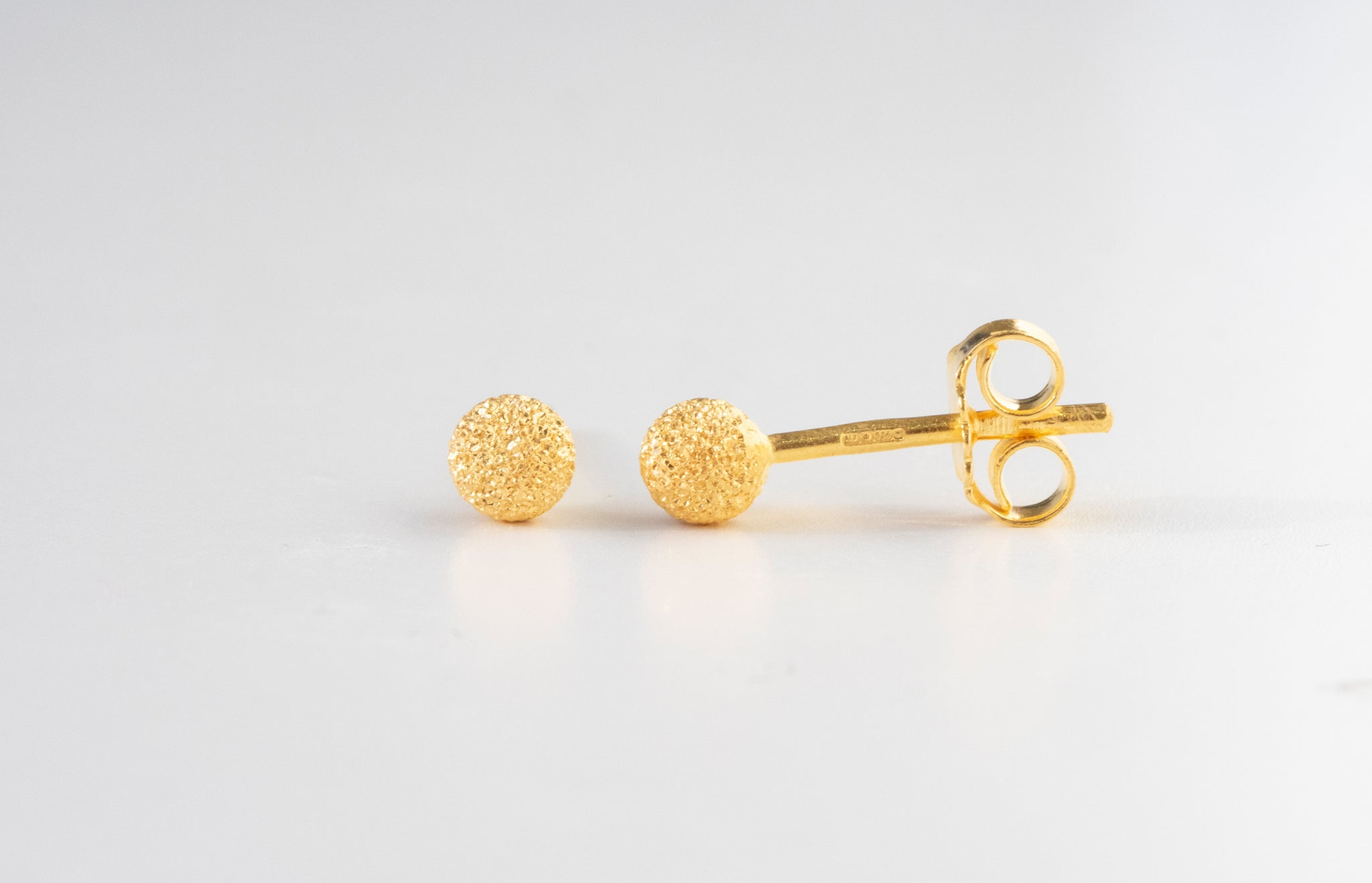 22ct Gold Diamond Cut Stud Earrings with Push Backs (1.2g) E-7759