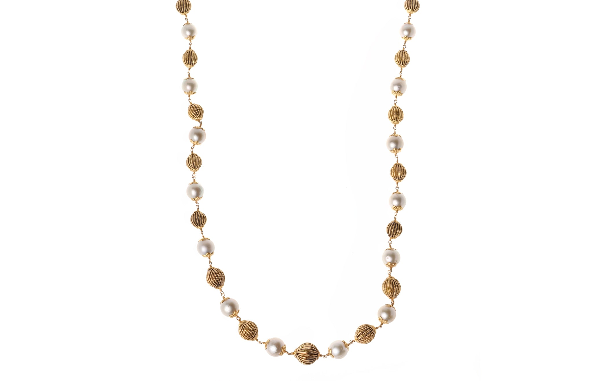 22ct Gold Antiquated Look Necklace with Cultured Pearls (GMS-E063)