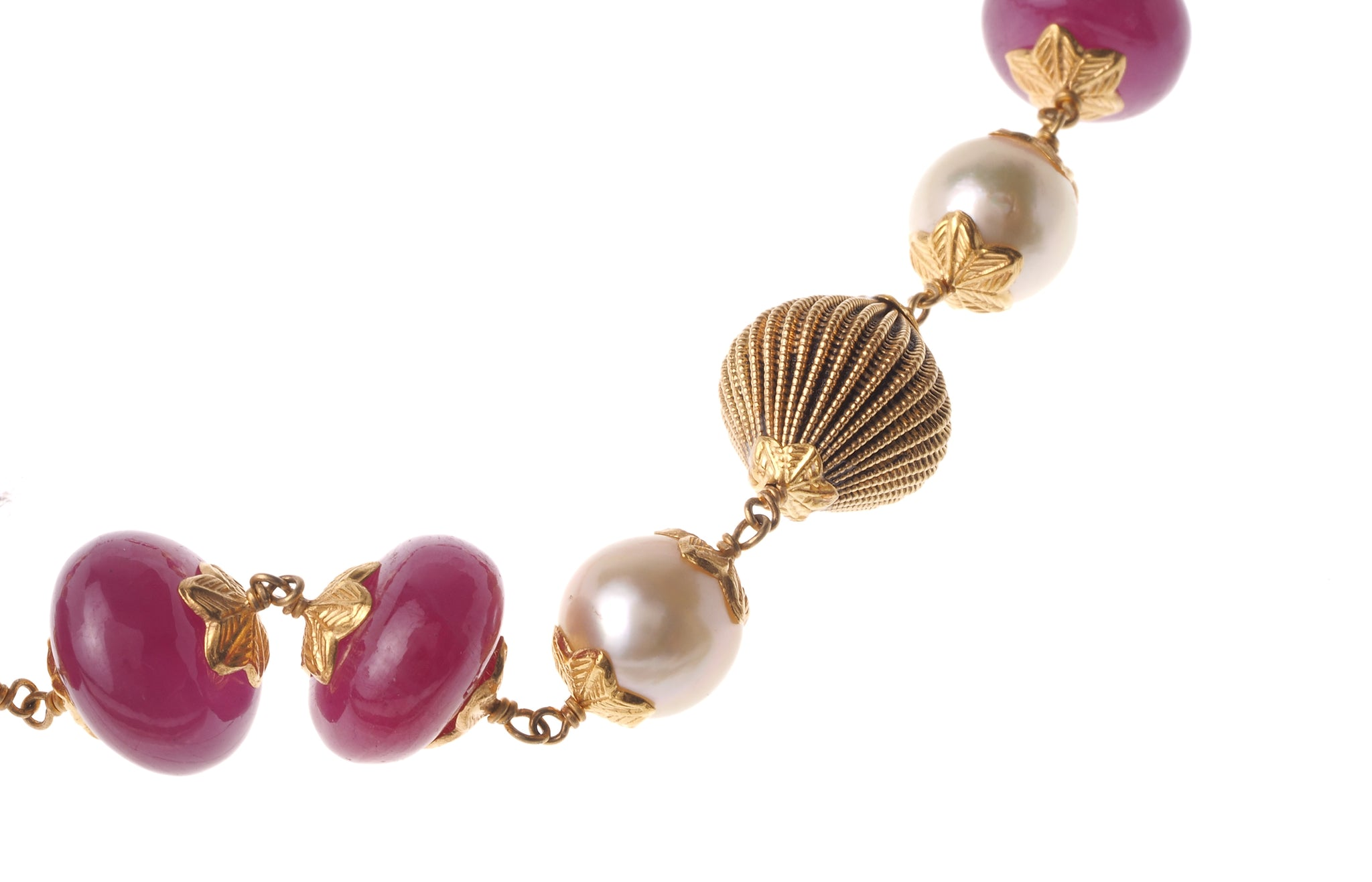 22ct Gold Antiquated Look Necklace and Earring Set with Cultured Pearls, treated Rubies and diamond cut design (GMS-V367)