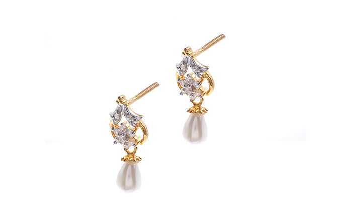 22ct Gold Earrings set with Cubic Zirconia stones and Cultured Pearls (HET13002)