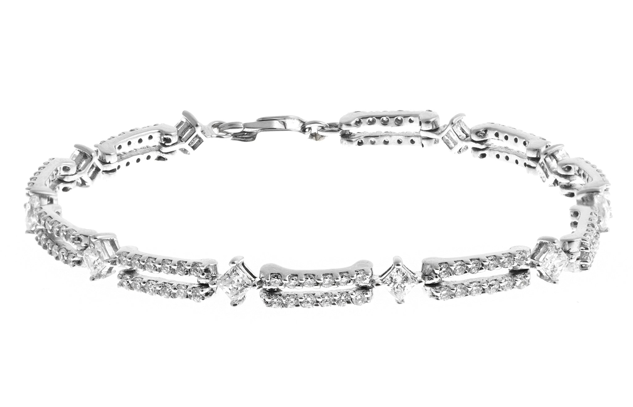 18ct White Gold Bracelet with Cubic Zirconia Stones (13.3g) LBR-1162