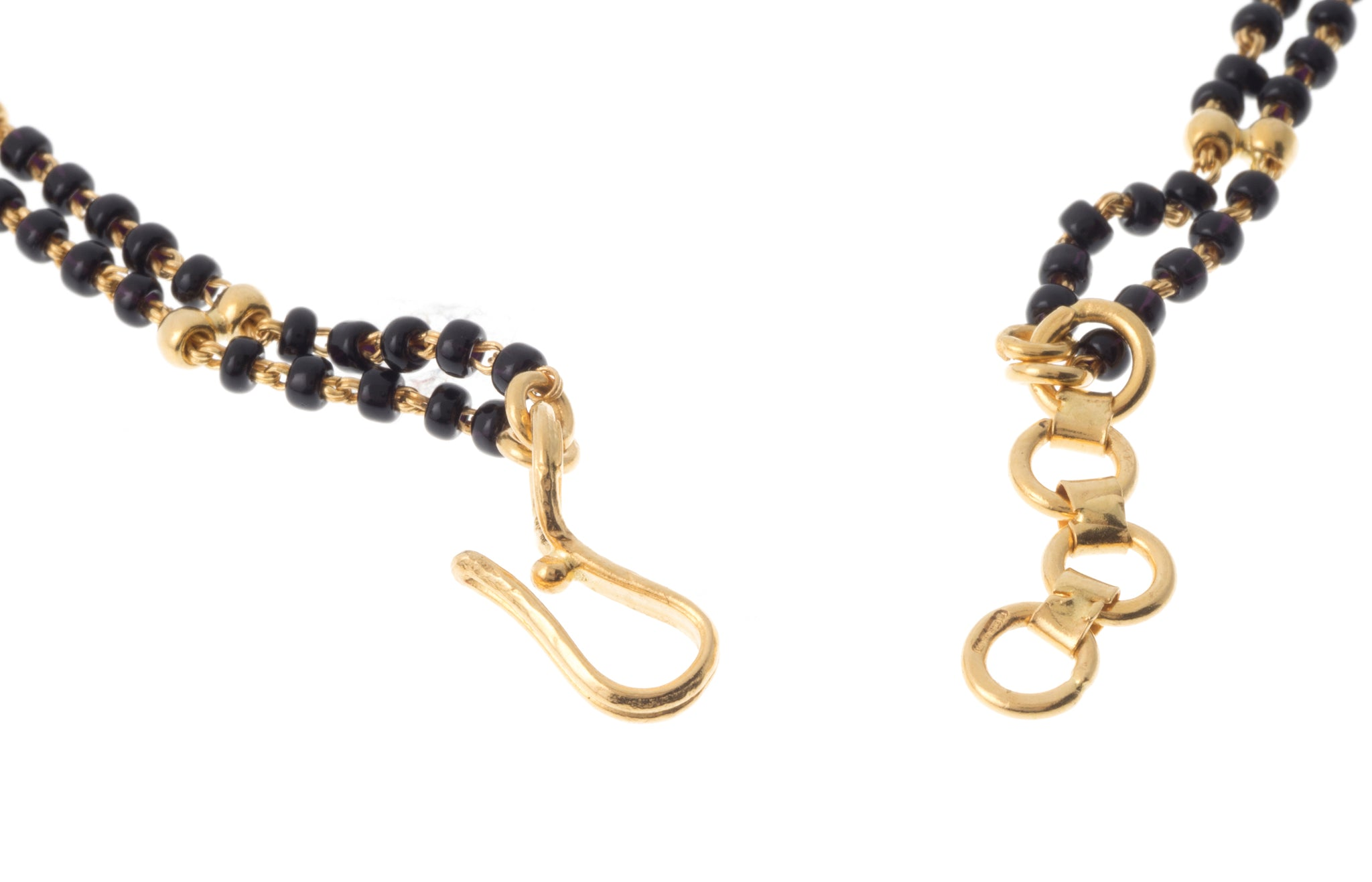 22ct Gold and Black Bead Bracelet (4.8g) LBR-7274