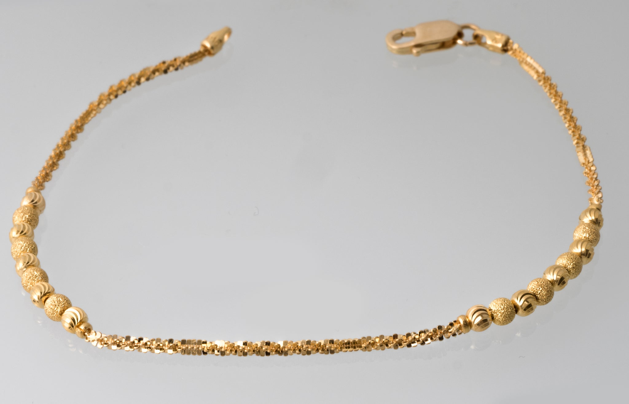 22ct Gold Bracelet with Diamond Cut Design (4.5g) LBR-7385