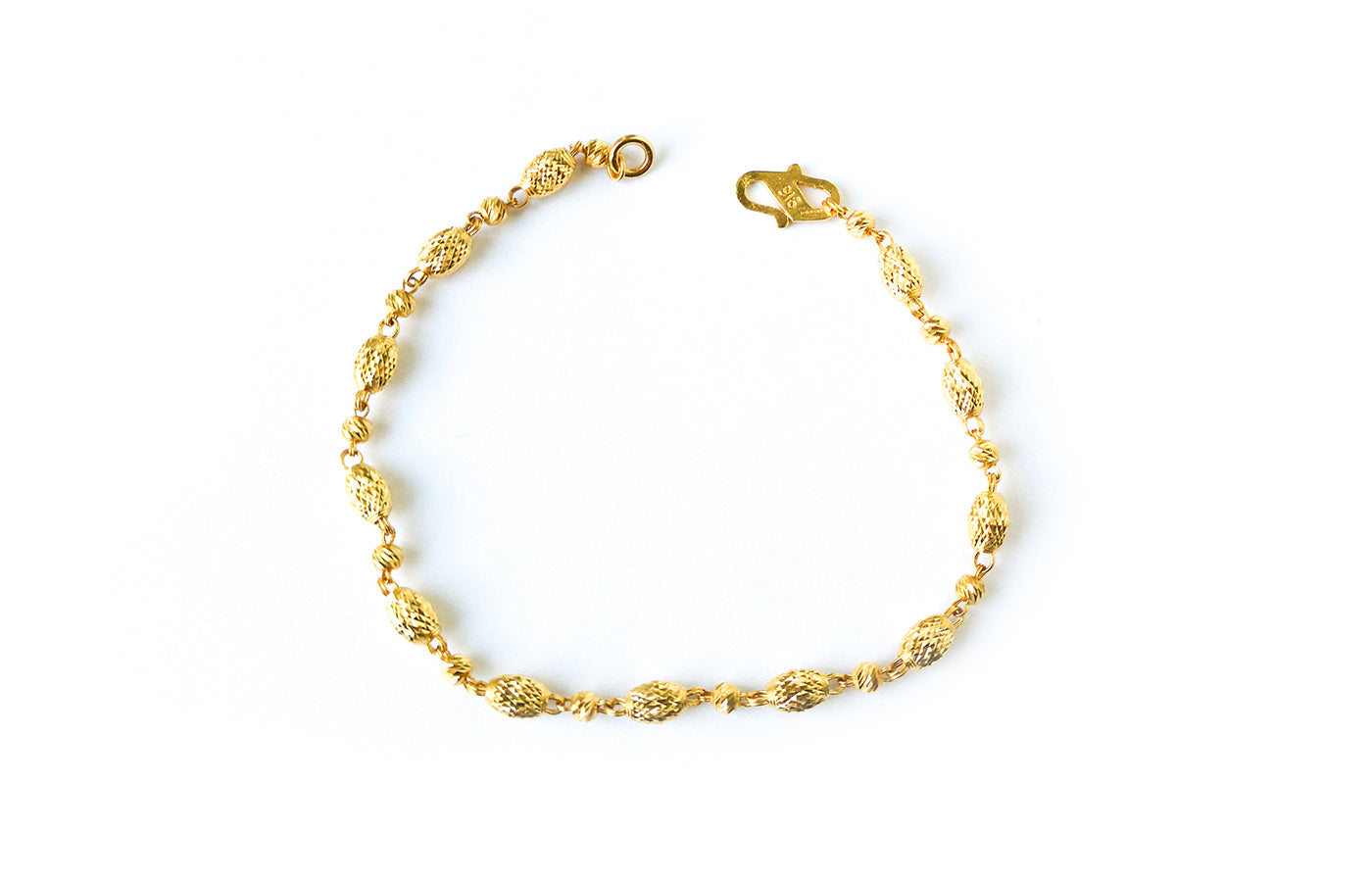 22ct Gold Bracelet with Diamond Cut Design and S Clasp (4.7g) LBR-7608