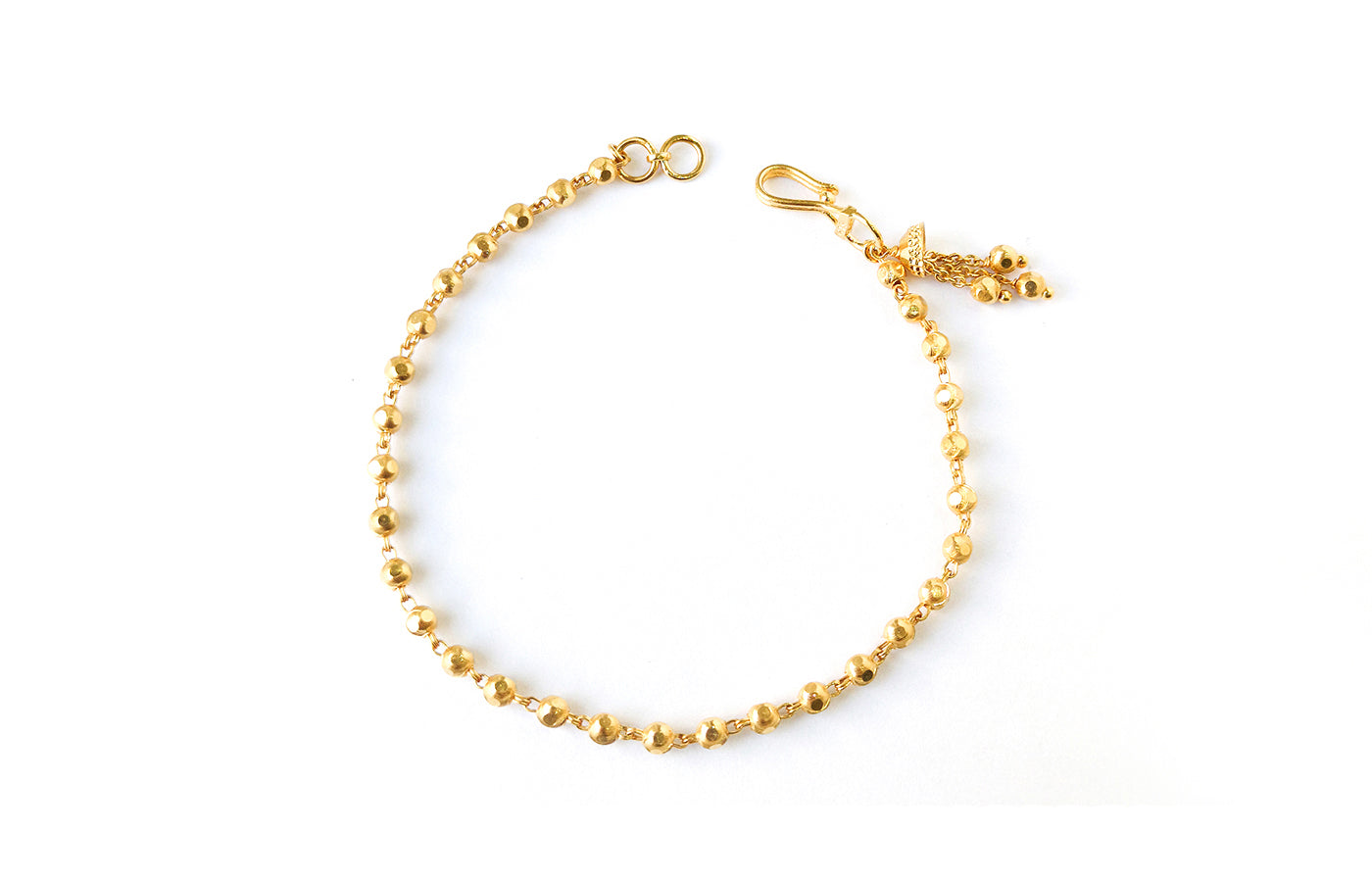 22ct Gold Bracelet with Diamond Cut Design and Drop Charm on Clasp (4.8g) LBR-7613