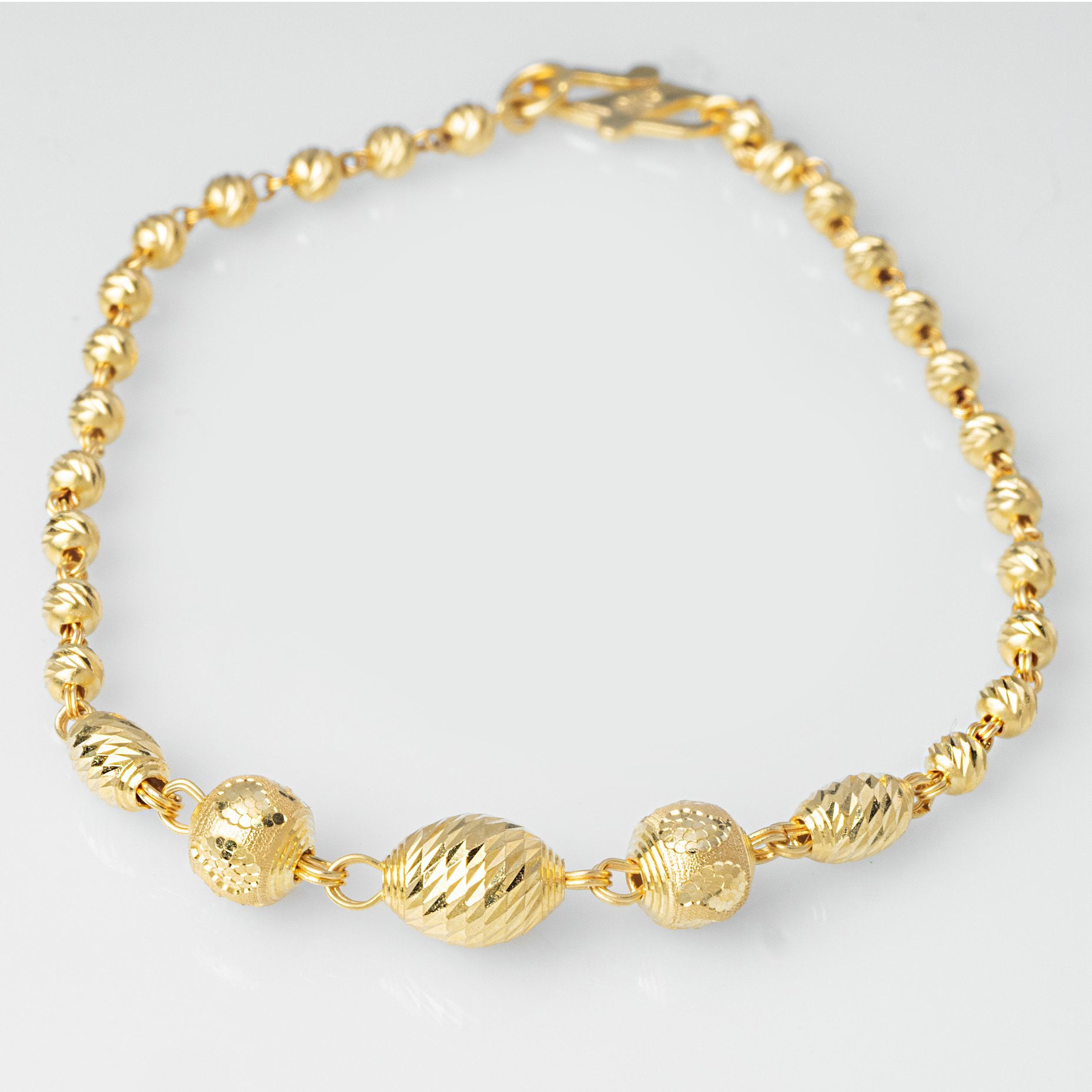 22ct Gold Diamond Cut Bead Bracelet (4.6g) LBR-7739