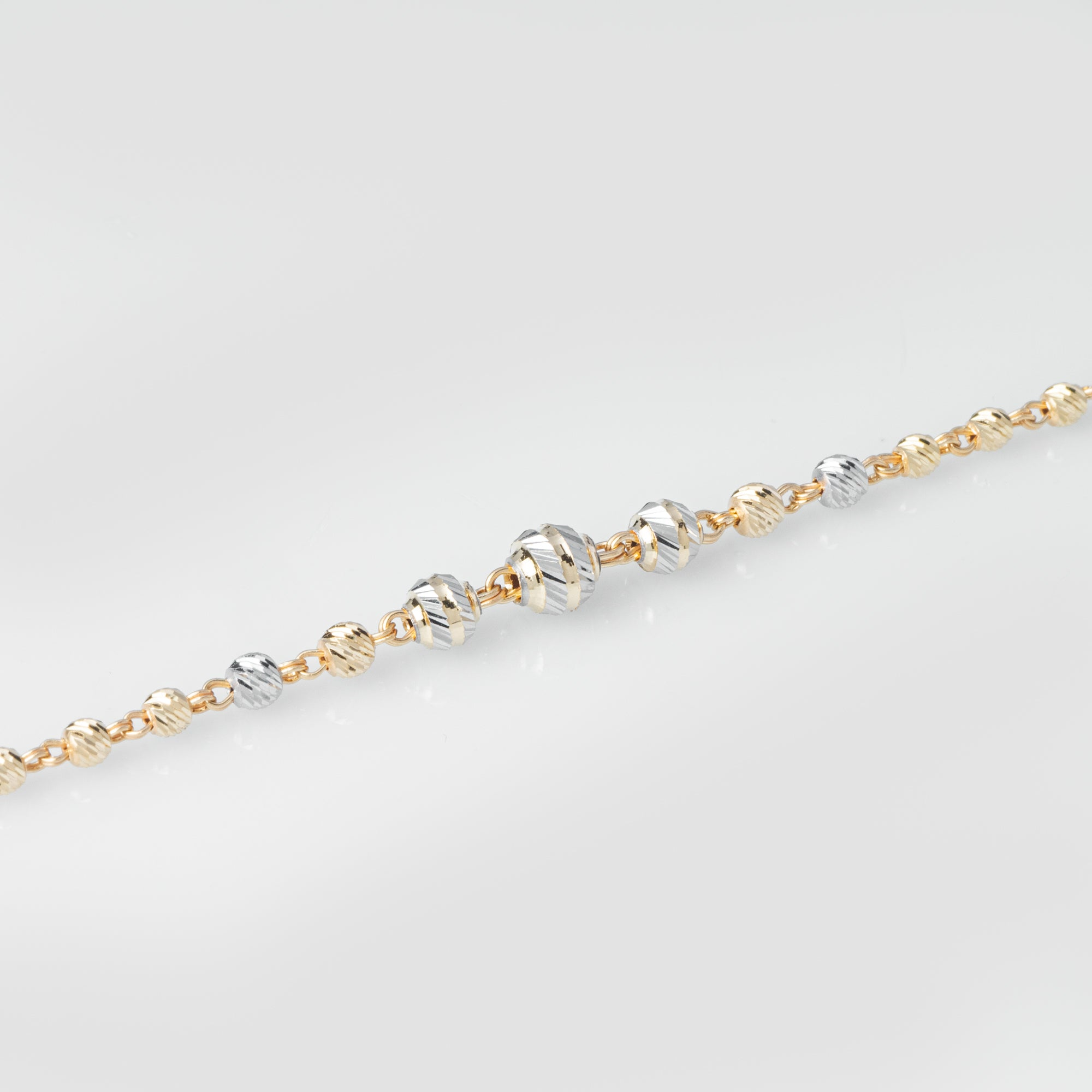22ct Gold Diamond Cut & Rhodium Design Bracelet (3.9g) LBR-8023