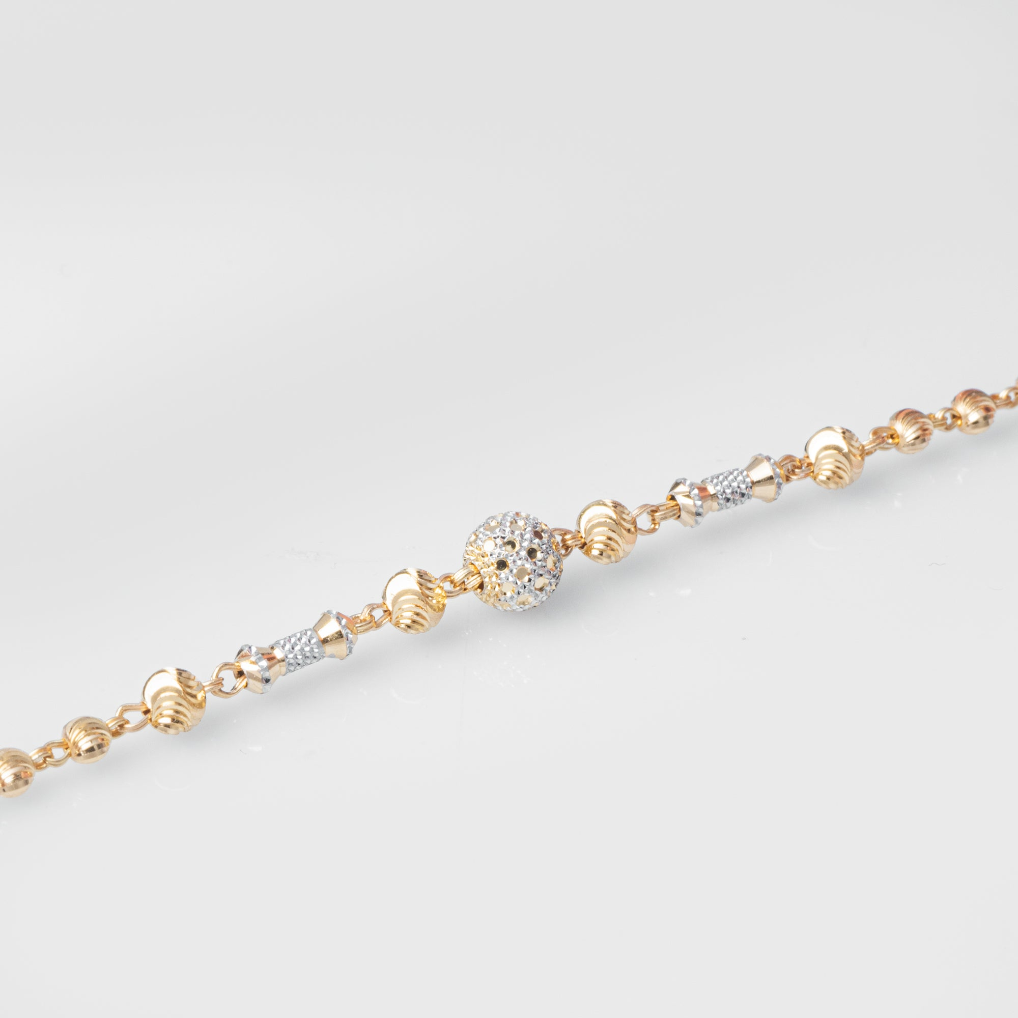 22ct Gold Diamond Cut & Rhodium Design Bracelet (5.9g) LBR-8027