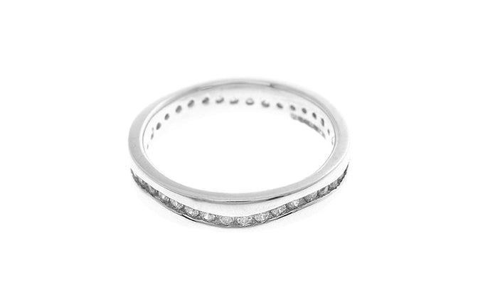 18ct White Gold Cubic Zirconia Eternity Ring (3.3g) LR-2413