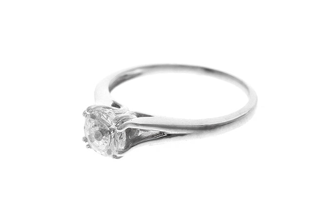 18ct White Gold Cubic Zirconia Engagement Ring (LR-2417)