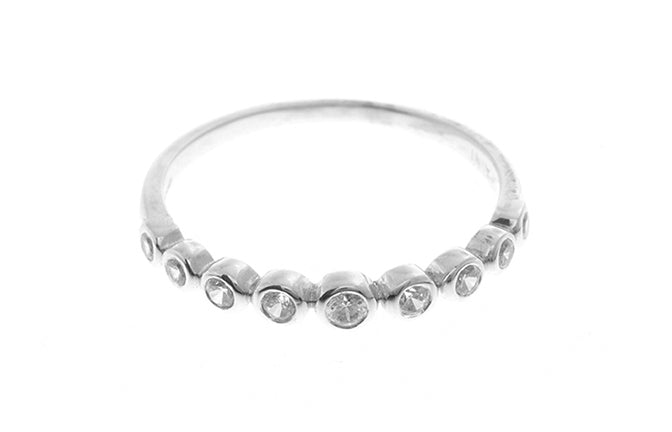 18ct White Gold Cubic Zirconia Half Eternity Ring (1.4g) LR-2430
