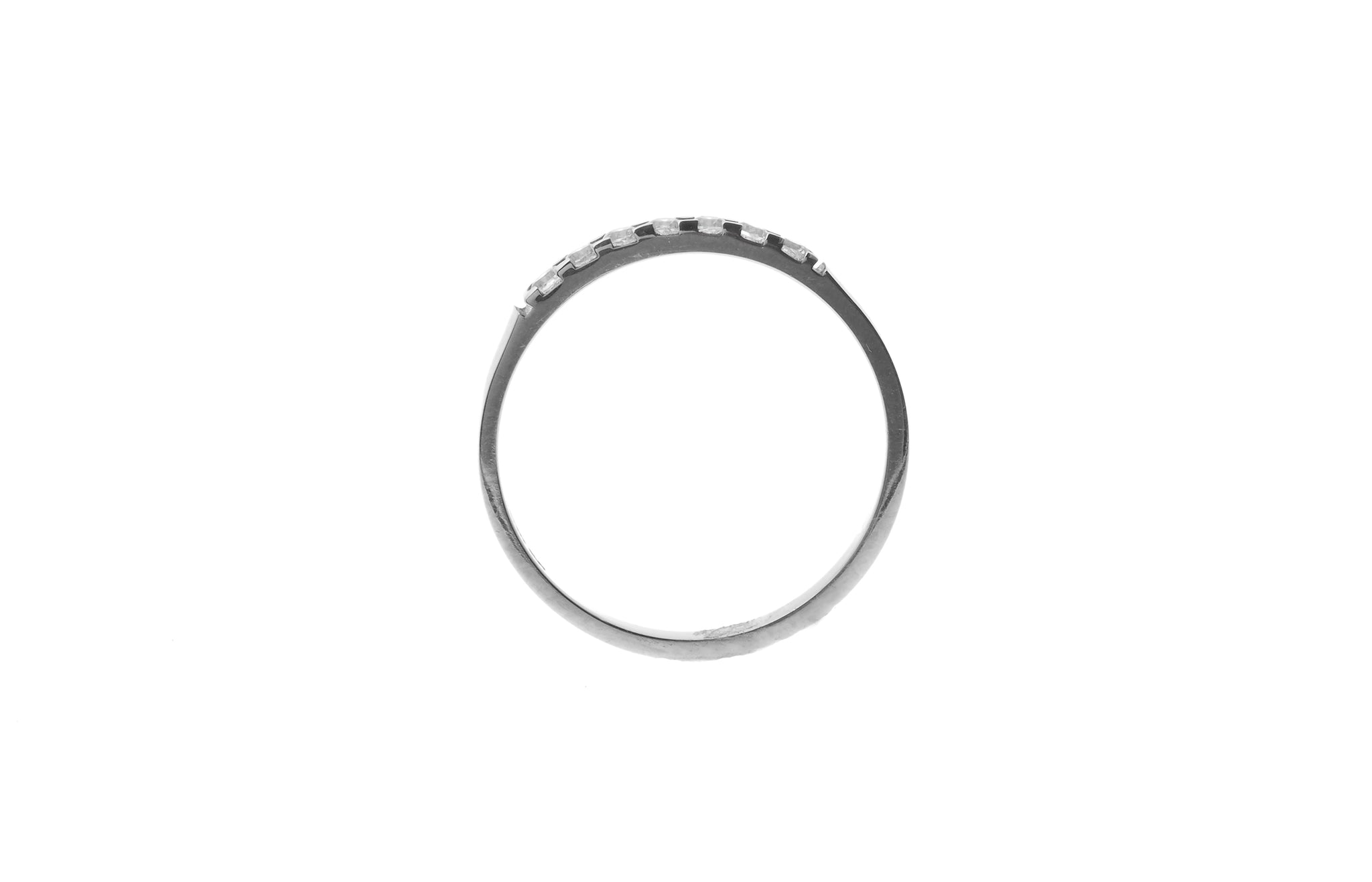 18ct White Gold Cubic Zirconia Quarter Eternity Ring (1.8g) LR-4333