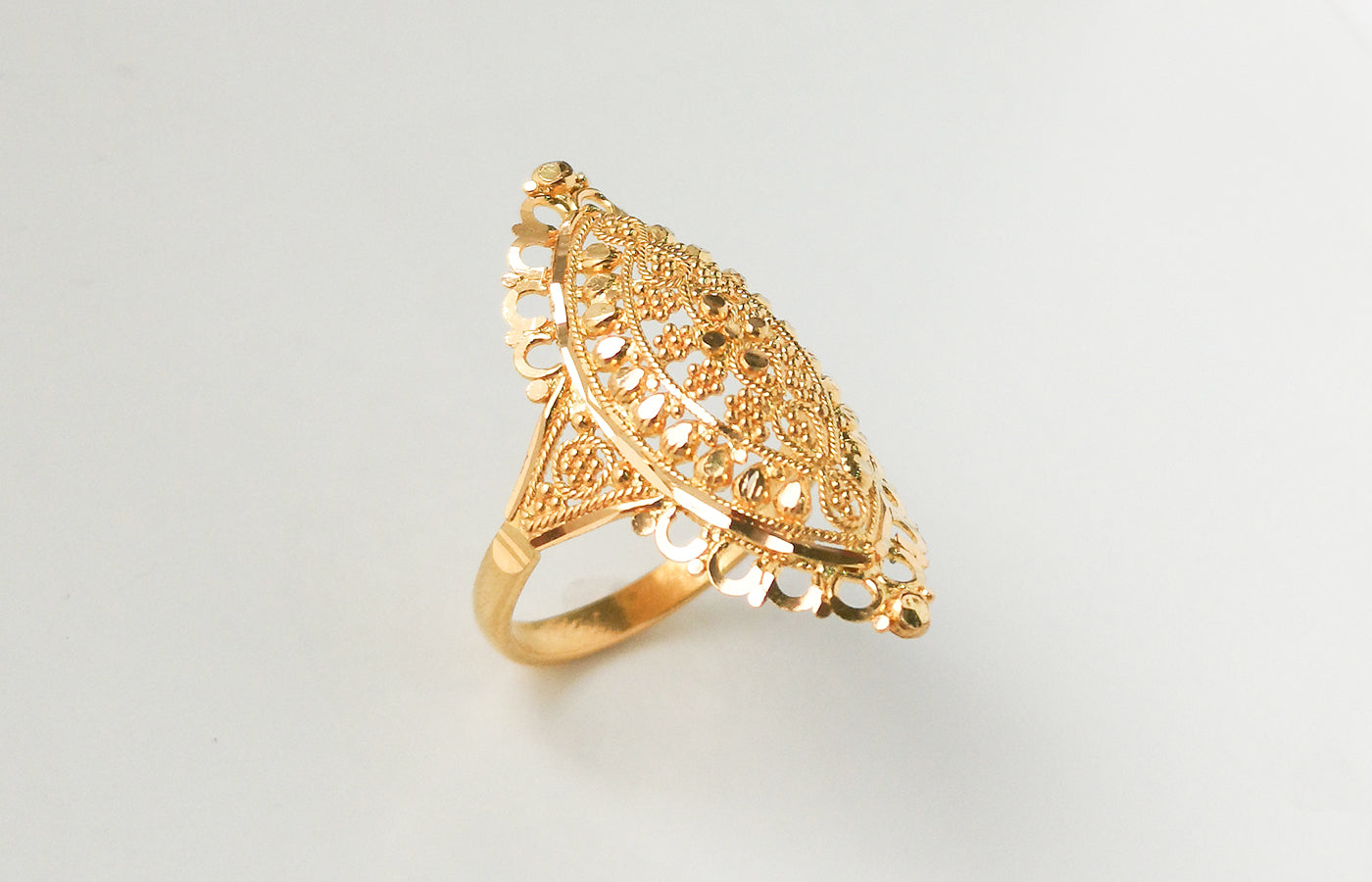 22ct Gold Filigree Dress Ring (4.1g) LR-7522