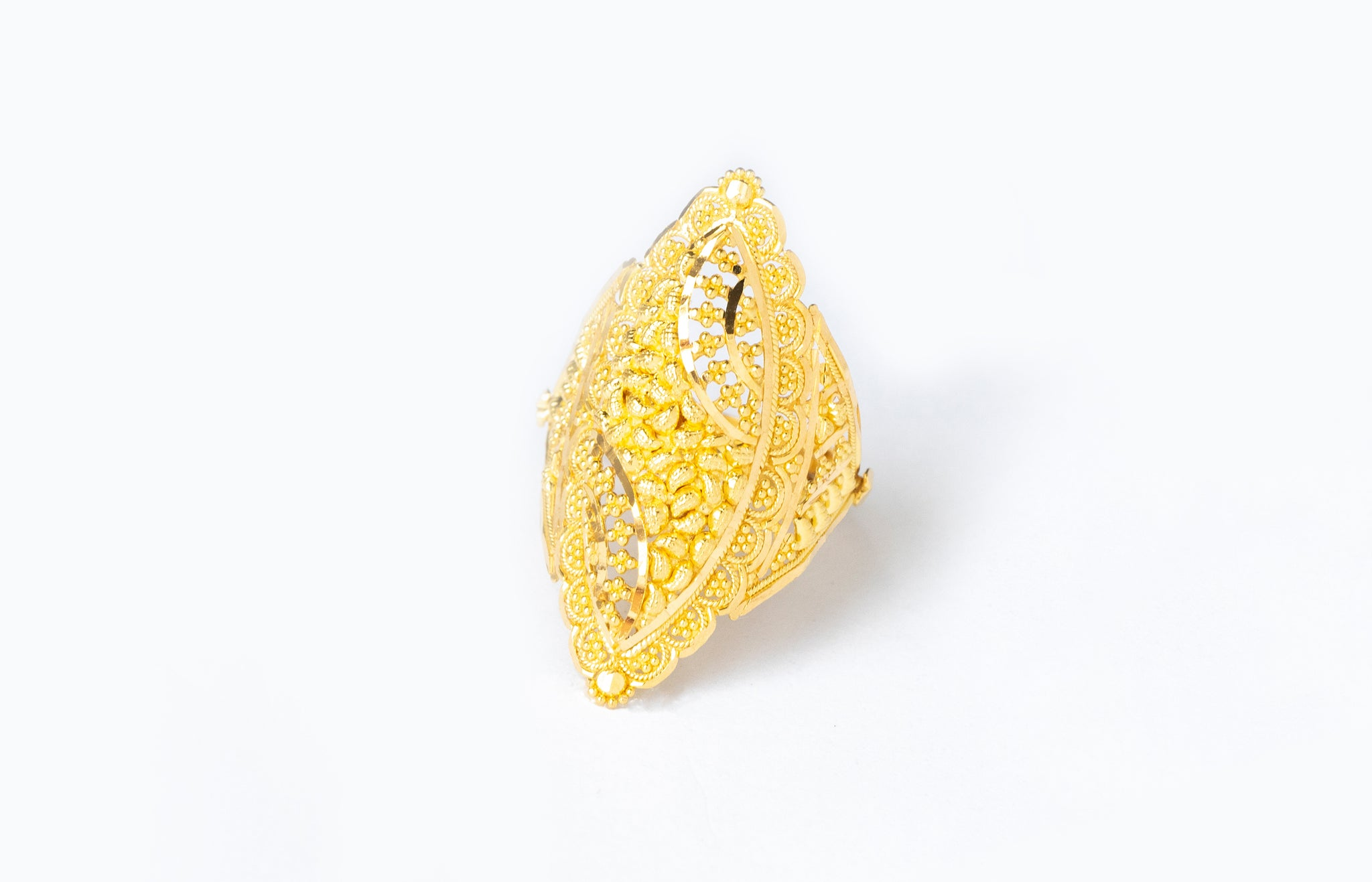 22ct Gold Filigree Dress Ring (6g) LR-7805