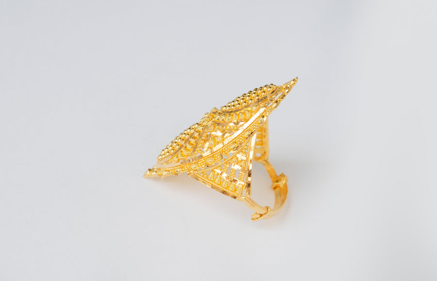22ct Gold Filigree Dress Ring (7.3g) LR-7806