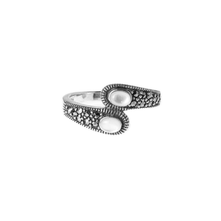 Sterling Silver Ring set with Moonstones LR-7929