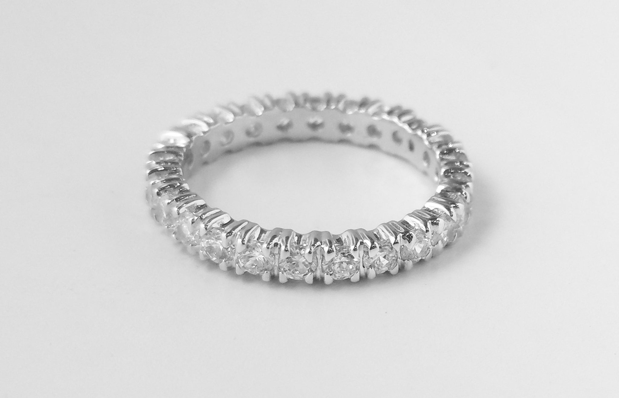 Full Eternity Ring 18ct White Gold Swarovski Zirconias LR11114