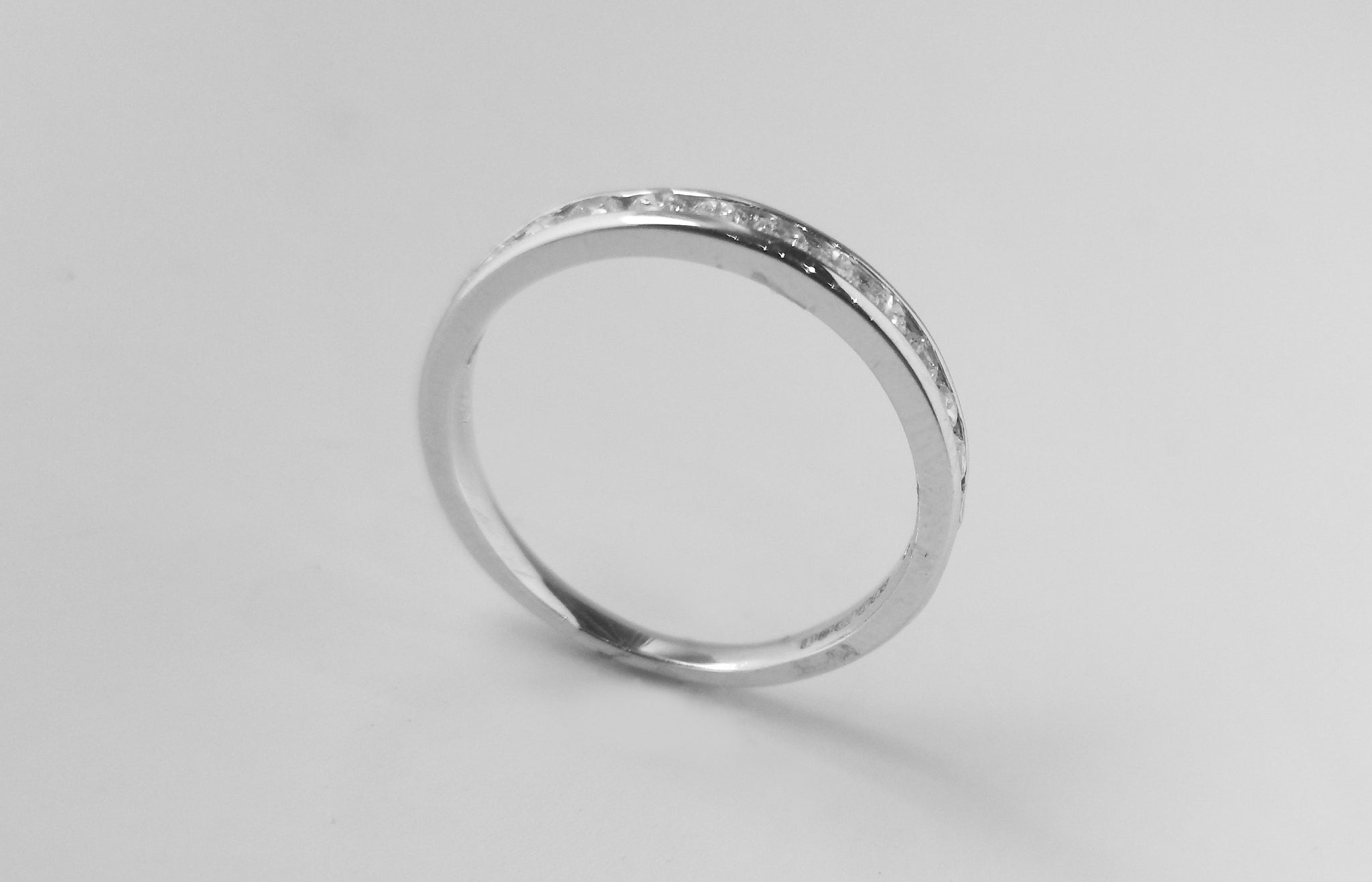 Eternity Ring 18ct White Gold with Swarovski Zirconias LR13065
